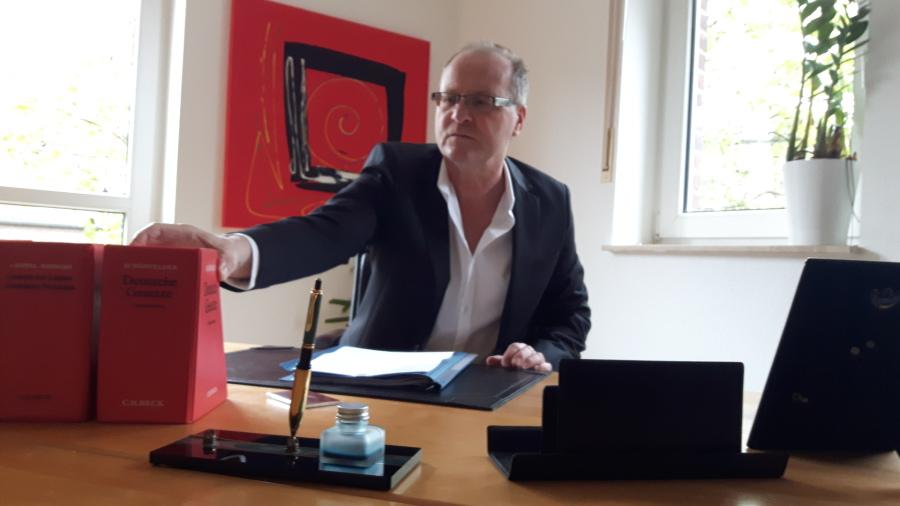 Rechtsanwalt Dr Frank König Schwerpunkte Vertragsrecht